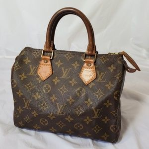 Louis Vuitton Bags - Authentic Louis Vuitton speedy 25
